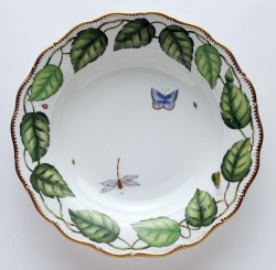 Ivy Garland Pasta Serving Bowl