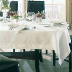 Classico Oblong White Tablecloth
