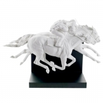 Horse Race Sculpture
